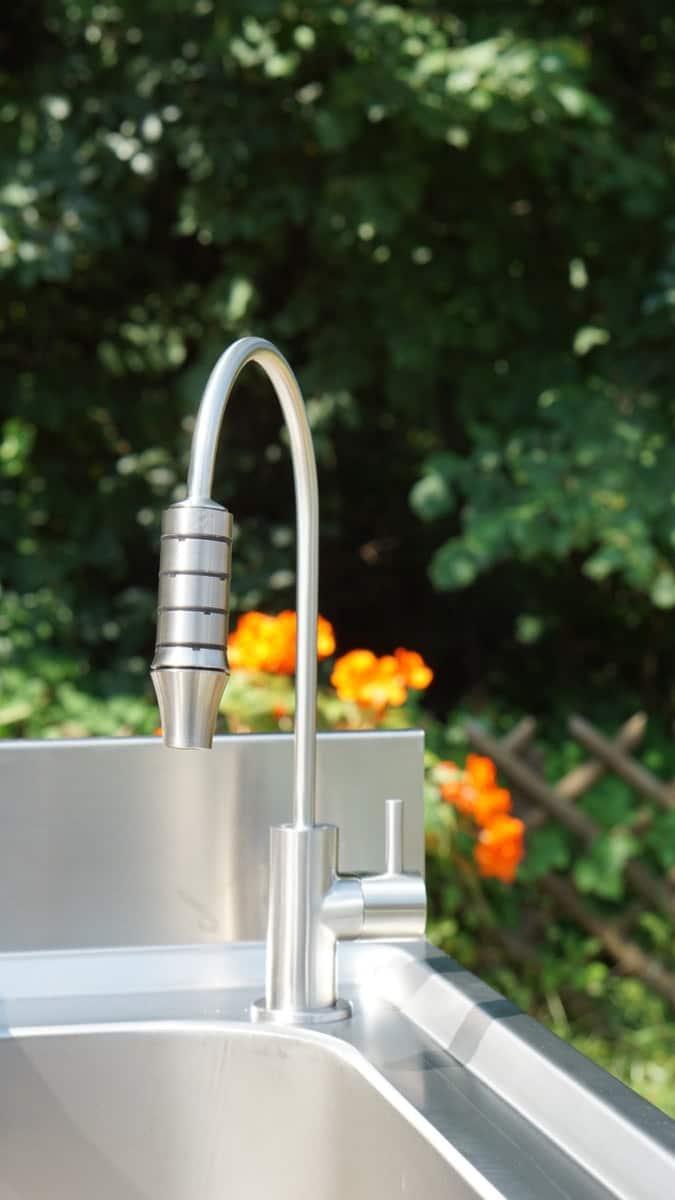 Separater Trinkwasserhahn Alba 2 aus Edelstahl 2