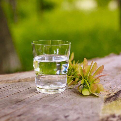 Heimquell: Kristallklares Trinkwasser mit Quellwasser Charakteristik 12