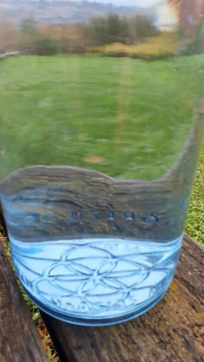 OmWater Wasserflasche 1,2 Liter mit Magnesit-Kugel 3